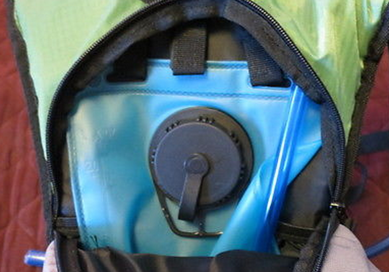 coleman hydration pack